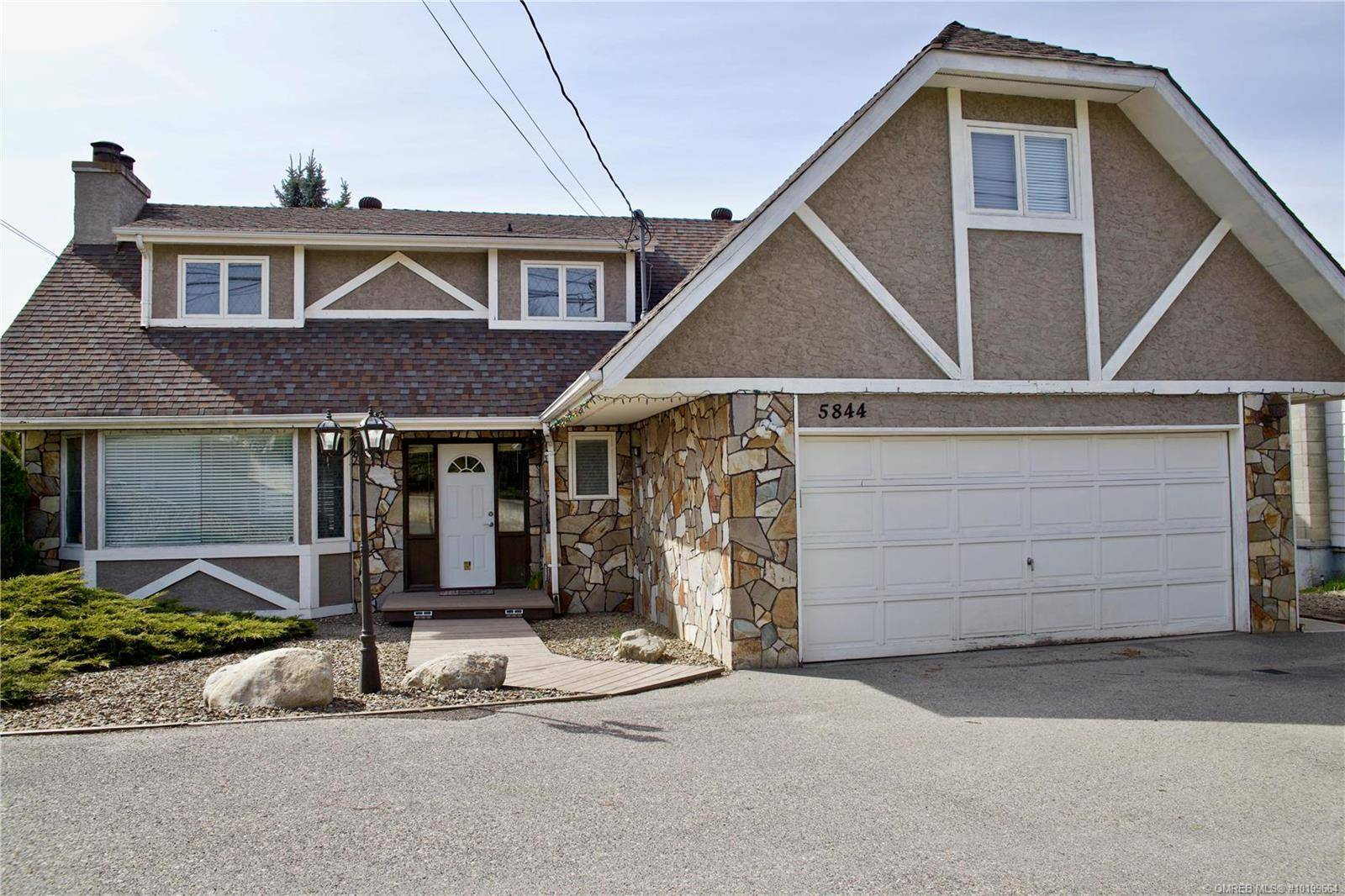 House for sale at 5844 Pleasant Valley Rd Vernon British Columbia - MLS: 10199664