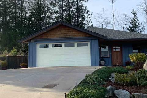 House for sale at 5859 Medusa St Sechelt British Columbia - MLS: R2428953