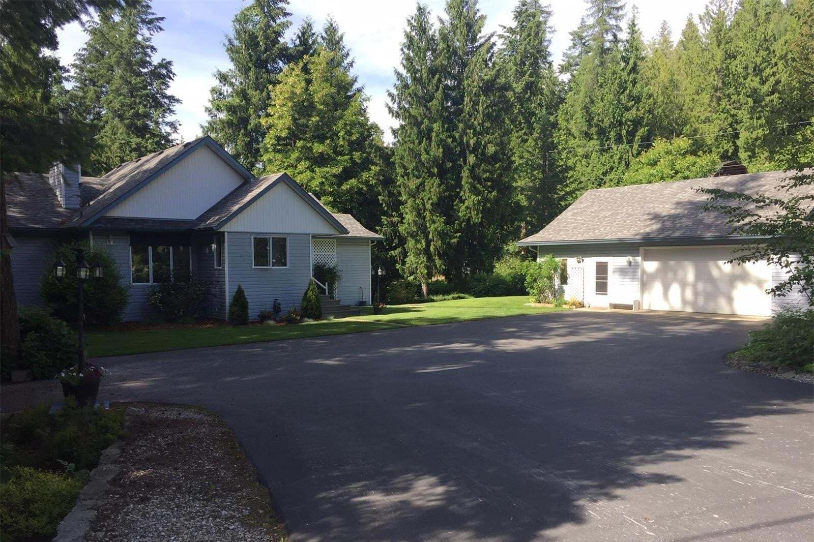 House for sale at 587 Hunt Rd Swansea Point British Columbia - MLS: 10208018