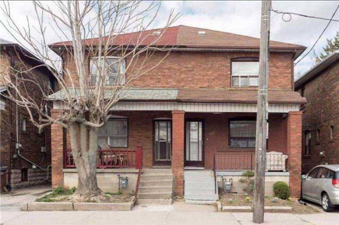 Townhouse for rent at 587 Vaughan Rd Toronto Ontario - MLS: C4648841
