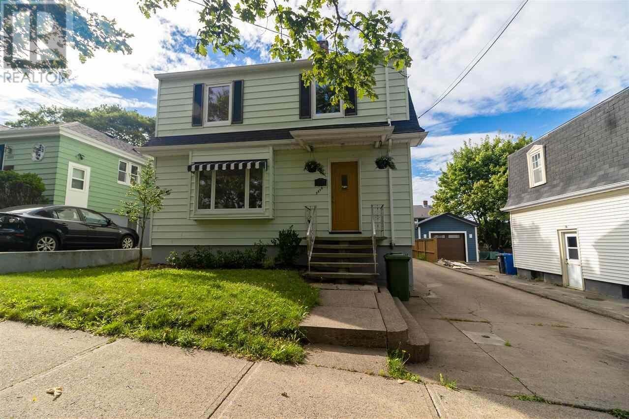 House for sale at 5879 Cabot St Halifax Nova Scotia - MLS: 202015065