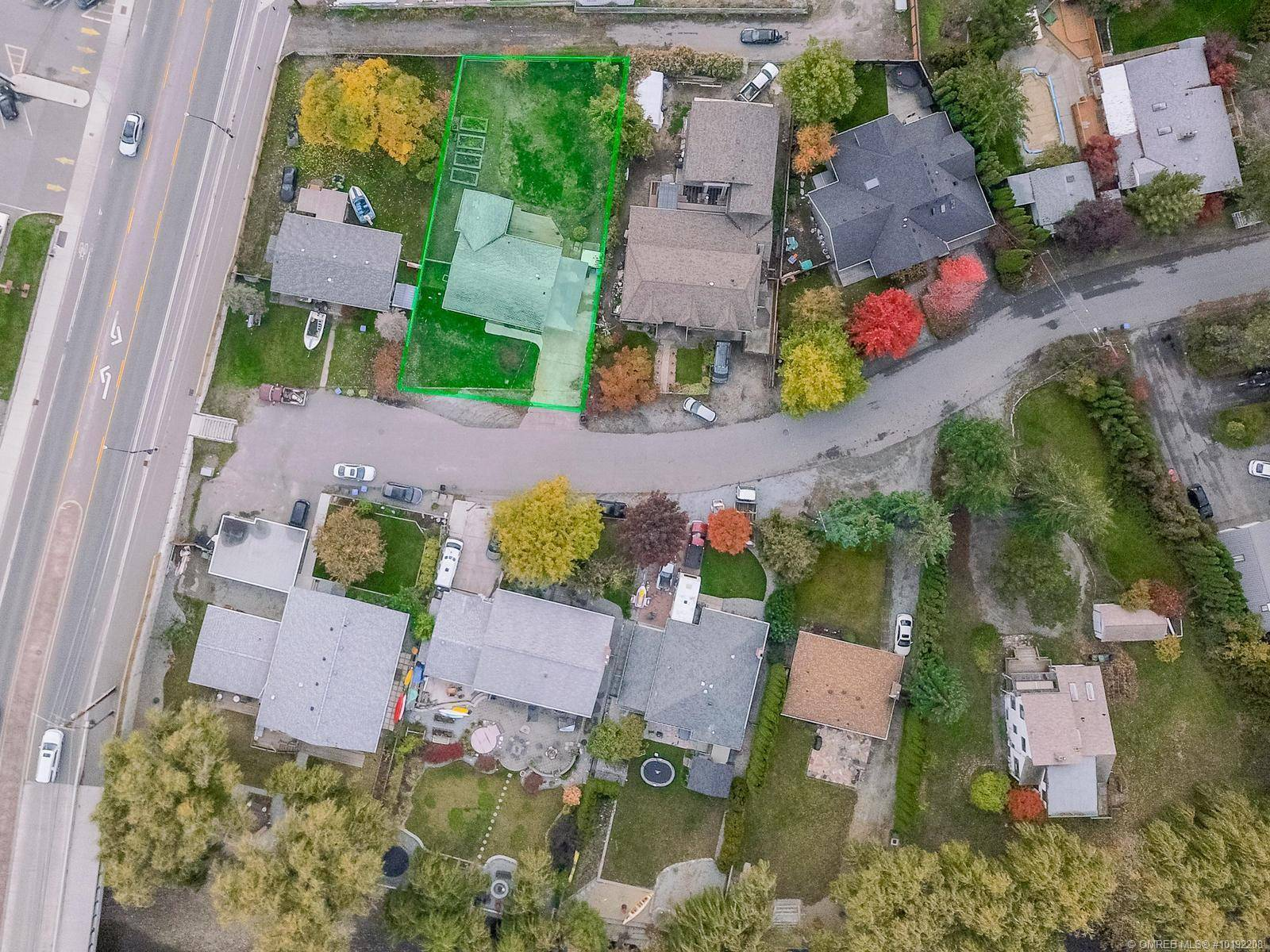 House for sale at 588 Radant Rd Kelowna British Columbia - MLS: 10192208