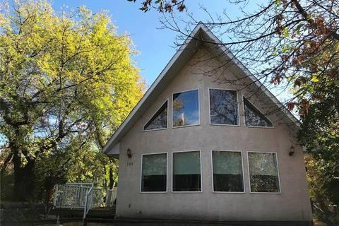 House for sale at 589 Macmurchy Ave Regina Beach Saskatchewan - MLS: SK788598