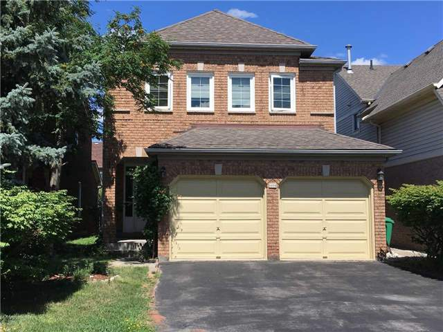 For Rent: 5899 Leeside Crescent, Mississauga, ON | 4 Bed, 7 Bath House for $2,750. See 11 photos!