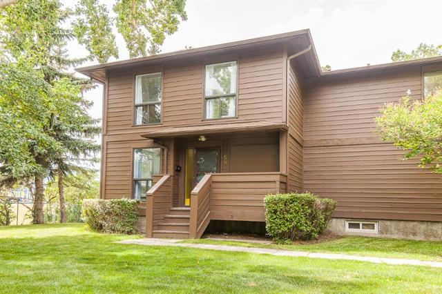 Buliding: 336 Rundlehill Drive Northeast, Calgary, AB