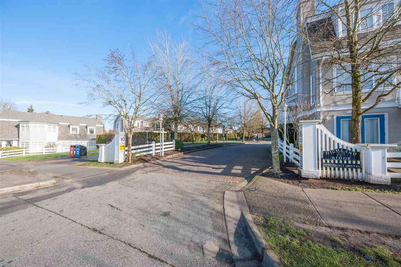 Buliding: 8890 Walnut Grove Drive, Langley, BC