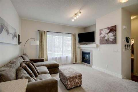 Townhouse for sale at 59 Bridleridge Manr Southwest Calgary Alberta - MLS: C4300494