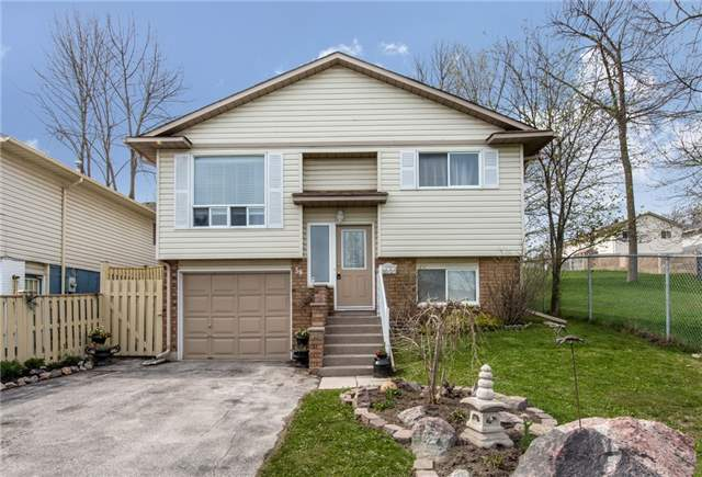 For Sale: 59 Cindy Lee Crescent, Orillia, ON | 3 Bed, 2 Bath House for $405,000. See 20 photos!