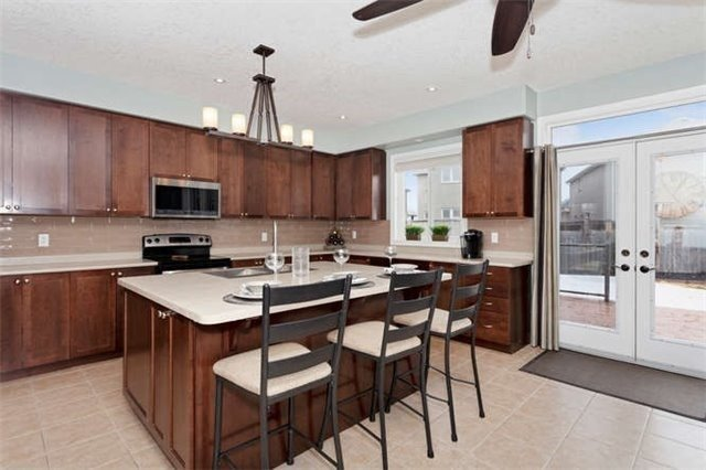 For Sale: 59 Graihawk Drive, Barrie, ON | 4 Bed, 4 Bath House for $739,800. See 20 photos!