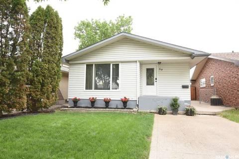 House for sale at 59 Rothwell Cres Regina Saskatchewan - MLS: SK776877