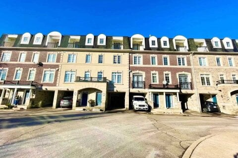 Townhouse for rent at 59 Routliffe Ln Toronto Ontario - MLS: C5055372
