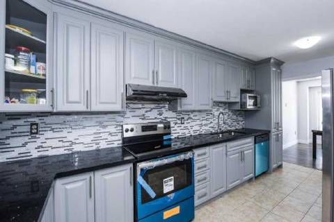 Townhouse for sale at 59 Sugarberry Dr Brampton Ontario - MLS: W4633521