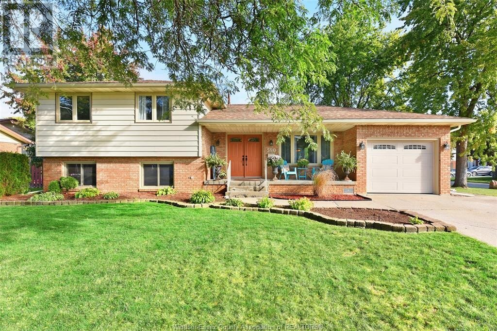 House for sale at 590 Dorset Pk Tecumseh Ontario - MLS: 20014220