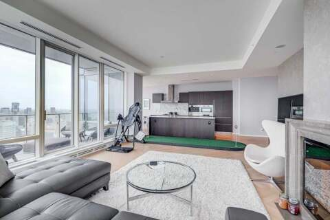 Condo for sale at 180 University Ave Unit 5903 Toronto Ontario - MLS: C4920293