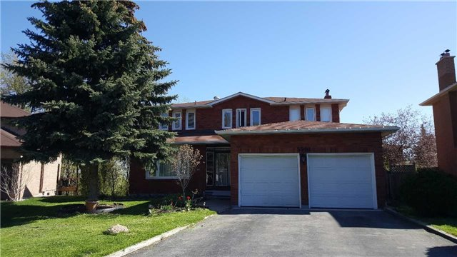 For Rent: 5903 Hargood Court, Mississauga, ON | 4 Bed, 3 Bath House for $3,480. See 9 photos!