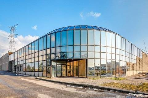 Commercial property for lease at 5905 Coopers Ave Mississauga Ontario - MLS: W4637005
