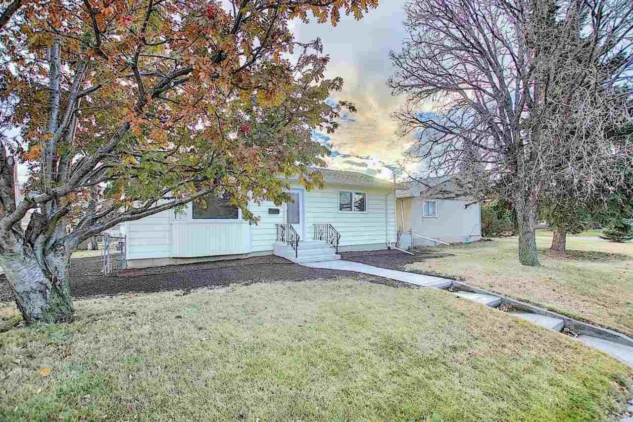 House for sale at 5915 132 Av NW Edmonton Alberta - MLS: E4220710