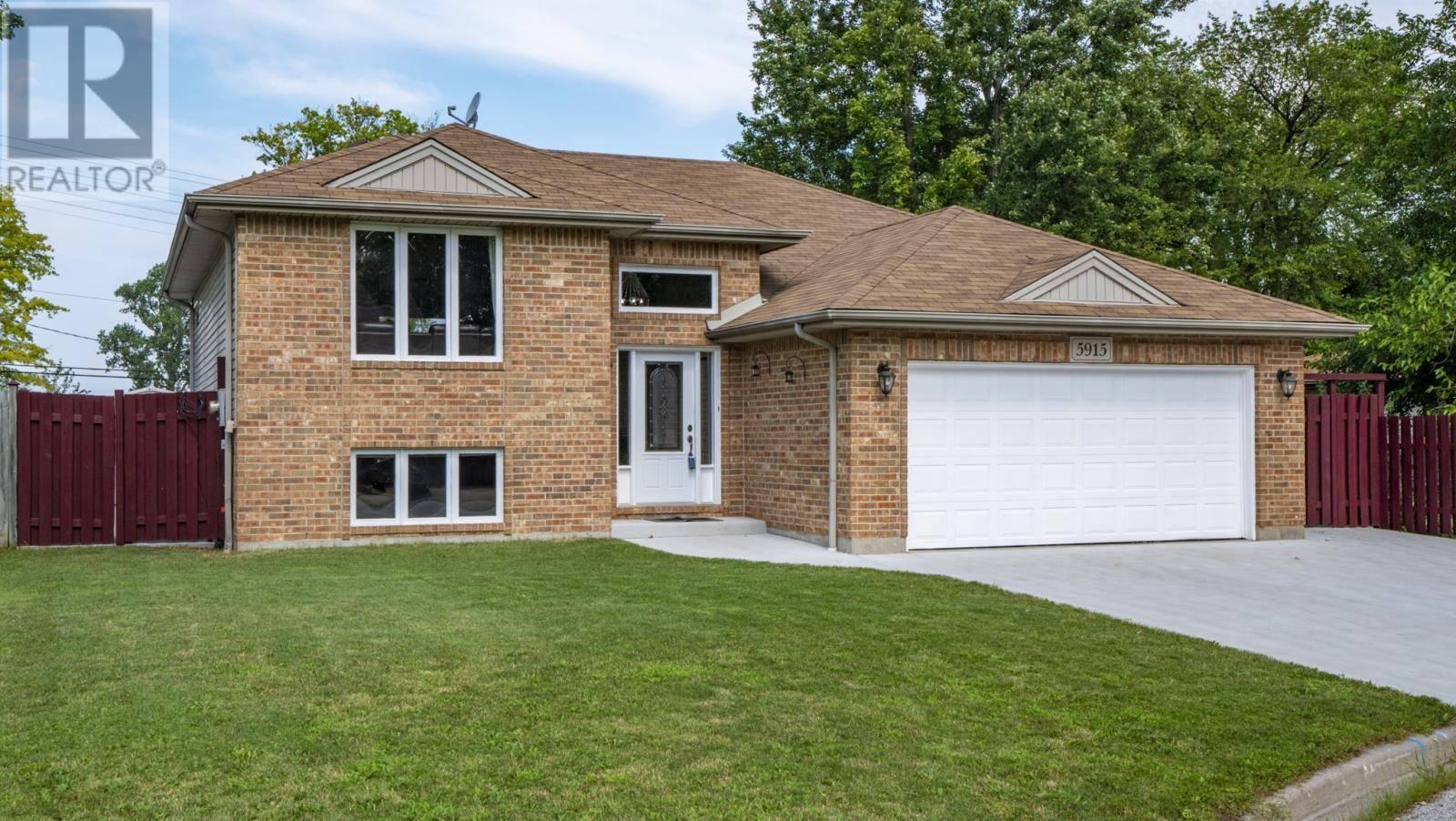 House for sale at 5915 Kingsley  Lasalle Ontario - MLS: 19028052