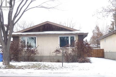 House for sale at 5918 Dalgliesh Dr Regina Saskatchewan - MLS: SK790807