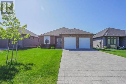 House for sale at 592 Bennett Cres Mount Brydges Ontario - MLS: 207102