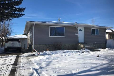 House for sale at 5927 Centre St Northwest Calgary Alberta - MLS: C4286322