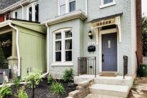 Townhouse for sale at 594 Indian Grve Toronto Ontario - MLS: W4920960