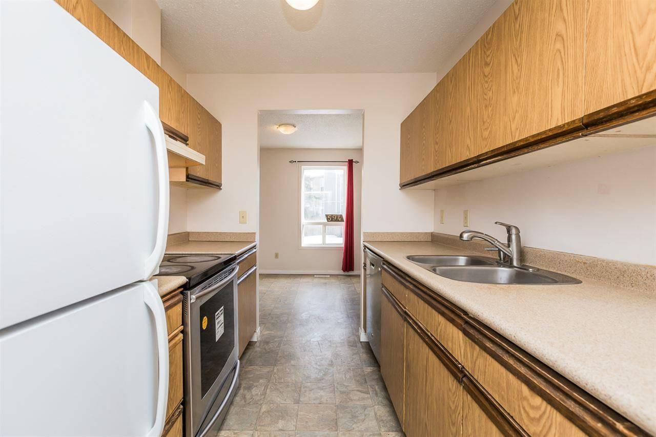Townhouse for sale at 594 Saddleback Rd Nw Edmonton Alberta - MLS: E4191363