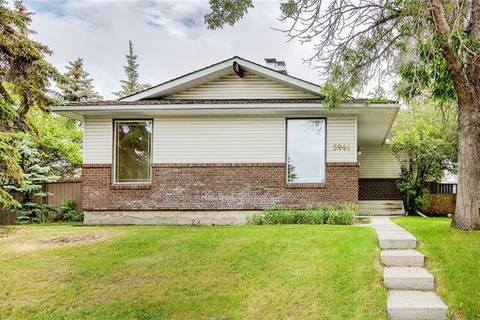 House for sale at 5944 Madigan Dr Northeast Calgary Alberta - MLS: C4255052