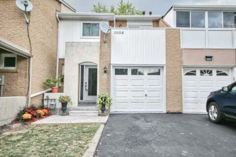 Townhouse for sale at 5954 Chidham Cres Mississauga Ontario - MLS: W4928344