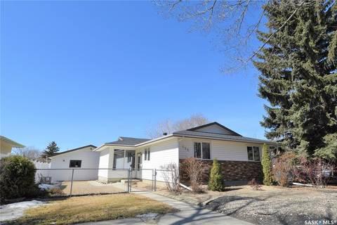 House for sale at 596 Dalgliesh Dr Regina Saskatchewan - MLS: SK797297