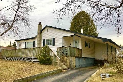 House for sale at 596 Leslie Ave Thunder Bay Ontario - MLS: TB183751