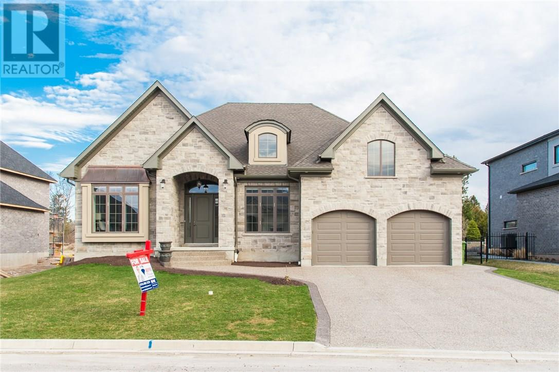 For Sale: 597 Regal Place, Waterloo, ON | 4 Bed, 5 Bath House for $1,625,000. See 40 photos!