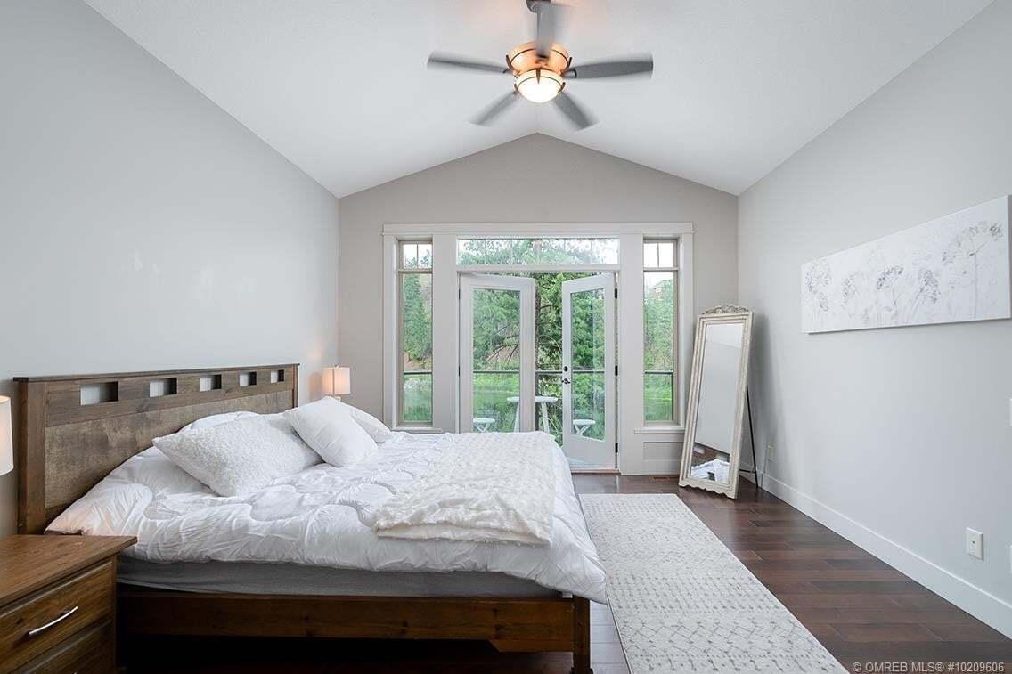 House for sale at 597 Still Pond Ln Kelowna British Columbia - MLS: 10209606