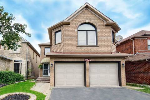 House for sale at 5975 Leeside Cres Mississauga Ontario - MLS: W4604441