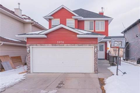 House for sale at 5978 Saddlehorn Dr Northeast Calgary Alberta - MLS: C4285920