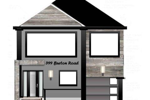 Home for sale at 599 Burton Rd Oshawa Ontario - MLS: E4984060