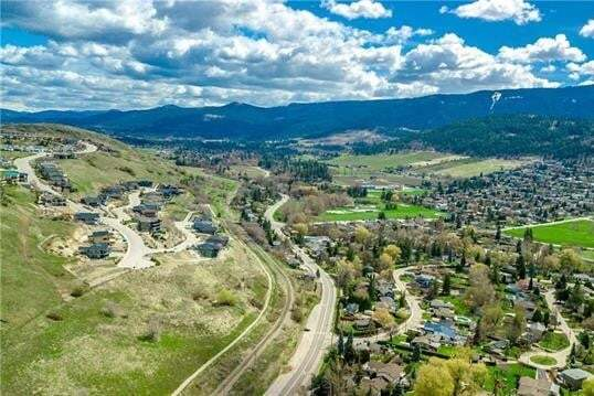 Home for sale at 599 Mt Ida Cres Coldstream British Columbia - MLS: 10173346