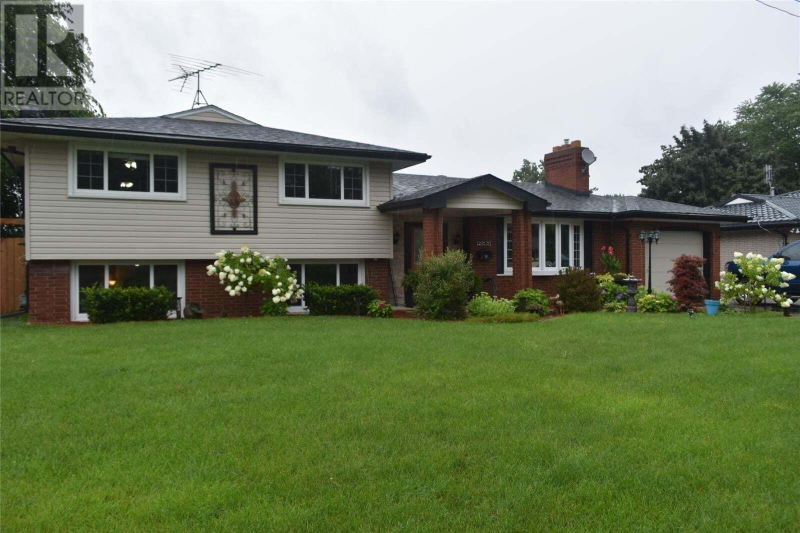 House for sale at 599 Victory  Lasalle Ontario - MLS: 20009588