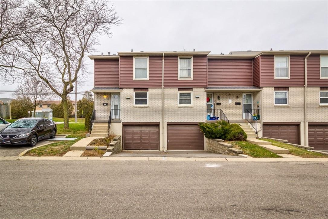 Townhouse for sale at 10 Angus Rd Unit 6 Hamilton Ontario - MLS: H4095679