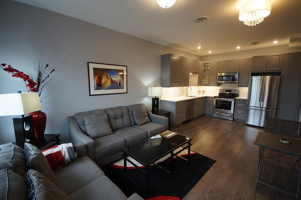Buliding: 100 First Ave W, Kenora, ON