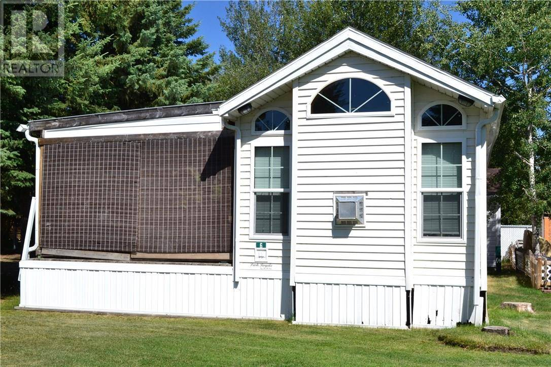 Residential property for sale at 12044 Township Rd Unit 6 Rural Ponoka County Alberta - MLS: ca0175278