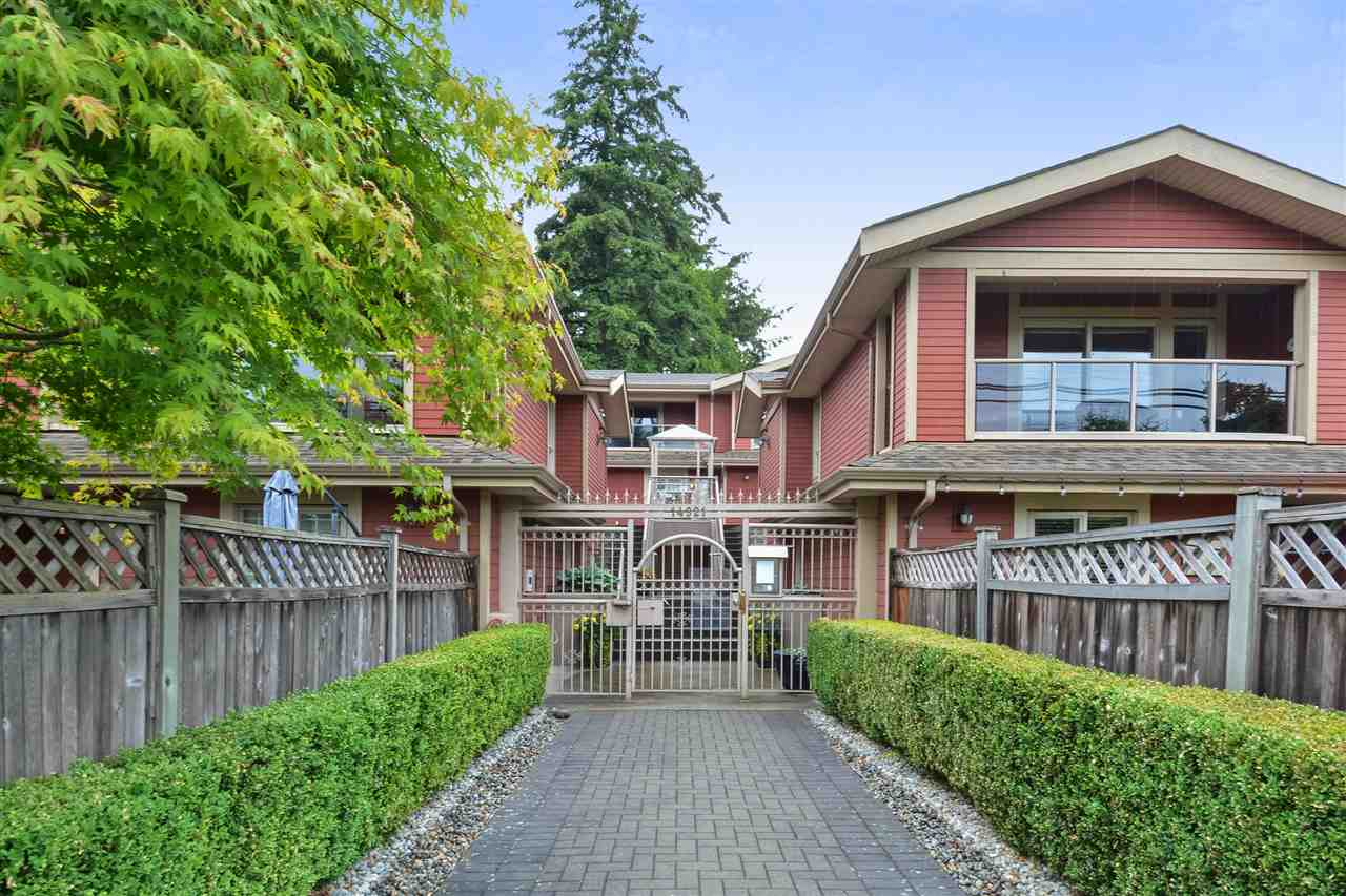 Buliding: 14921 Thrift Avenue, White Rock, BC