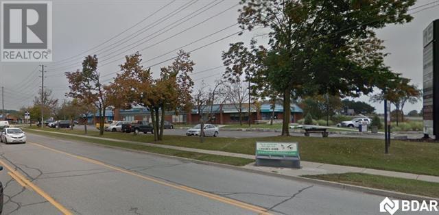 Buliding: 15 Cedar Pointe Drive, Barrie, ON