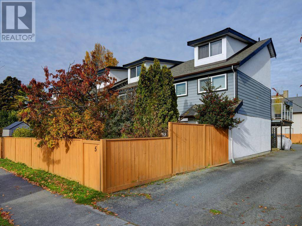 Townhouse for sale at 242 Ontario St Unit 6 Victoria British Columbia - MLS: 417656