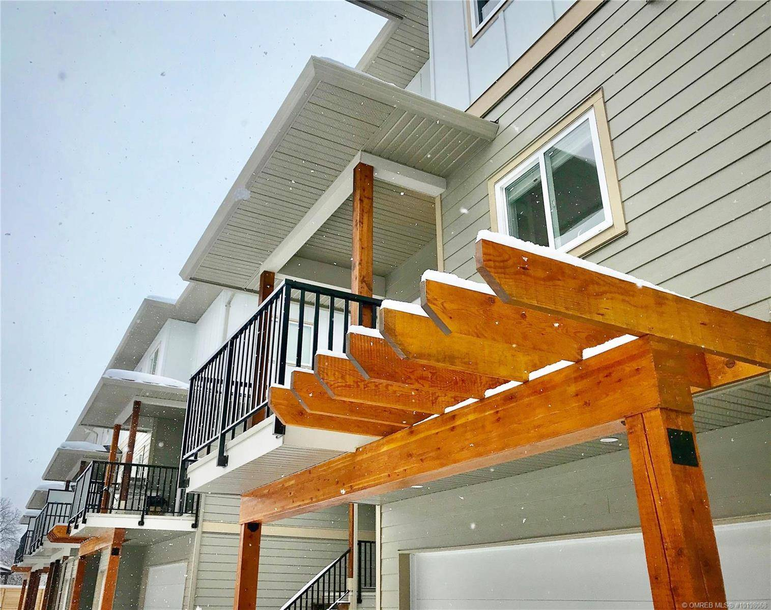 Townhouse for sale at 255 Taylor Rd Unit 6 Kelowna British Columbia - MLS: 10198068