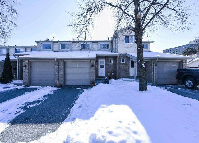 Buliding: 2700 Battleford Road, Mississauga, ON
