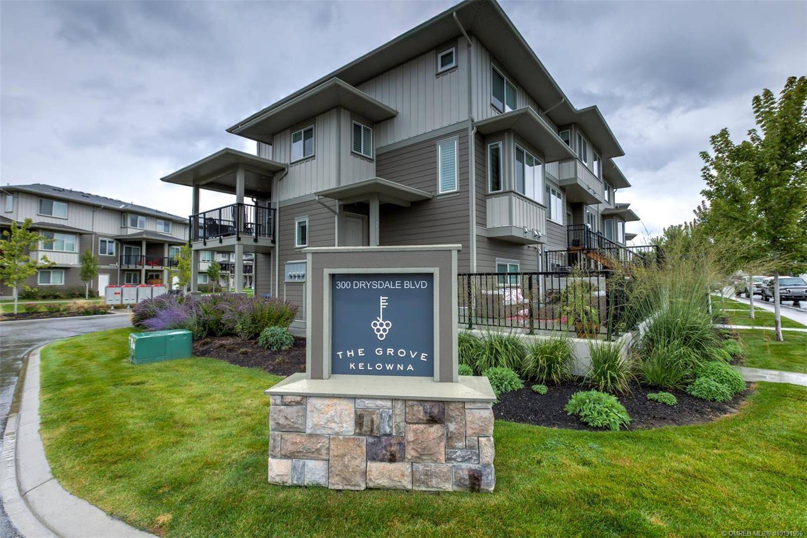 Townhouse for sale at 300 Drysdale Blvd Unit 6 Kelowna British Columbia - MLS: 10191900