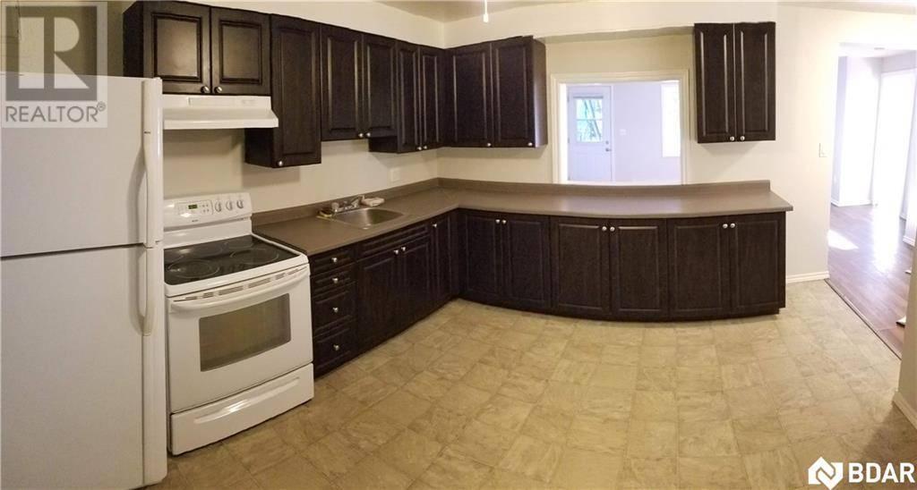 Apartment for rent at 315 Laclie St Unit 6 Orillia Ontario - MLS: 30796086