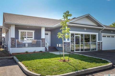 Townhouse for sale at 3206 11th St W Unit 6 Saskatoon Saskatchewan - MLS: SK814192