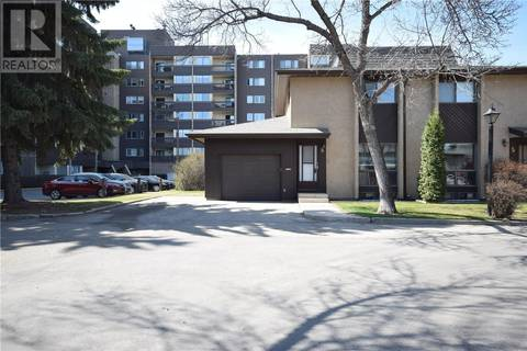 Townhouse for sale at 425 Pinehouse Dr Unit 6 Saskatoon Saskatchewan - MLS: SK800082